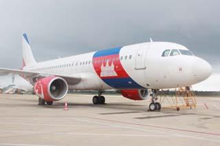 海南迎来首例国外飞机进境维修及喷涂业务